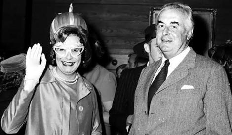 Dame Edna Everage and Gough Whitlam